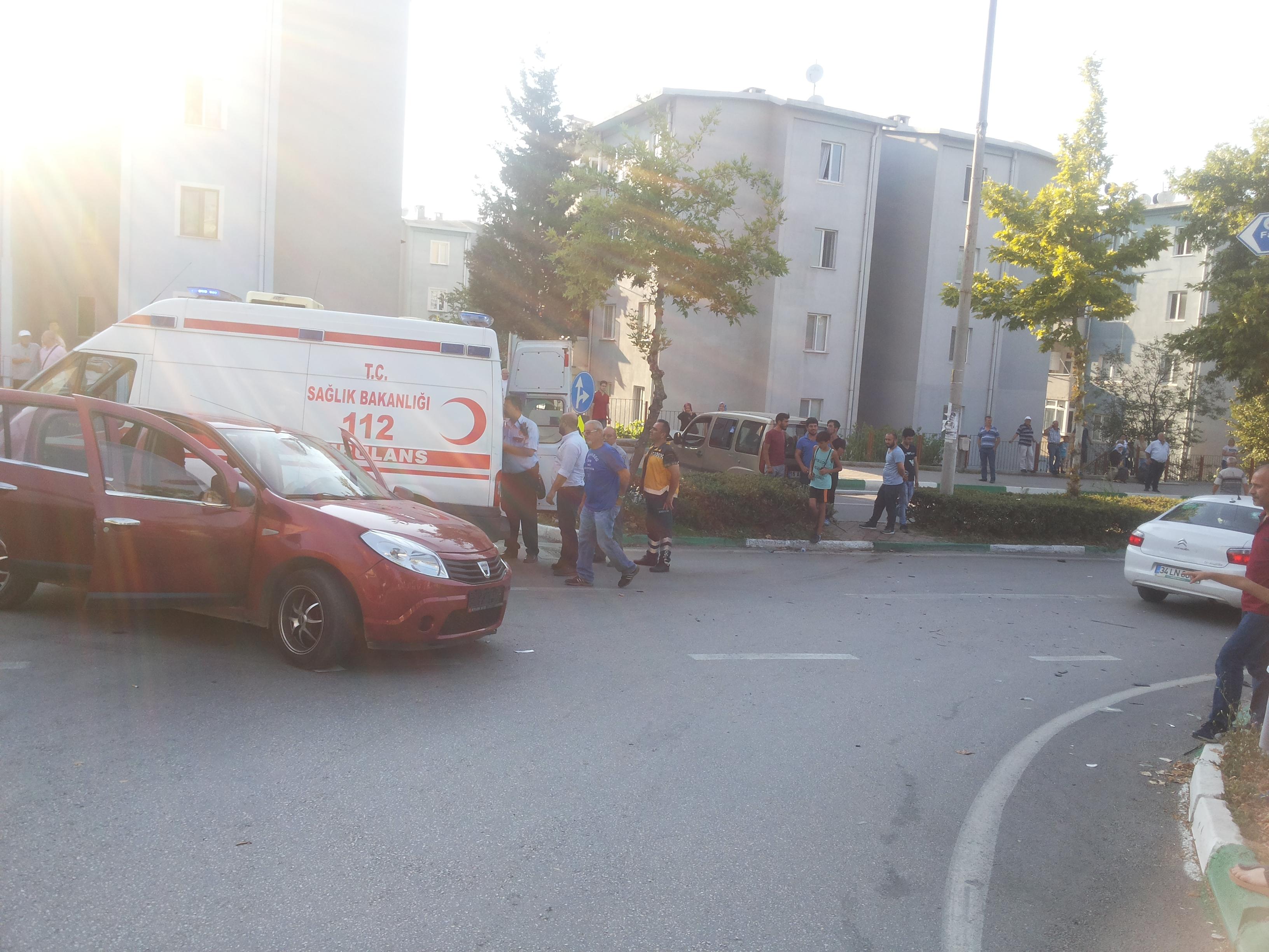 Yaralamalı ve Maddi Hasarlı Trafik kazası
