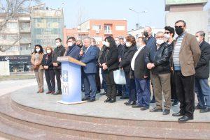Vatandaşlar İYİ Parti öncülüğünde yıkım kararını protesto etti